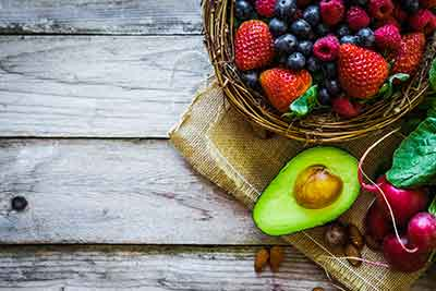 avocado-and-berries